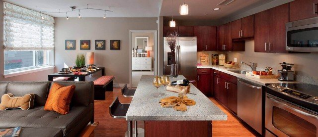 Spacious Design With Kitchen Islands